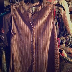 Sleeves button down dress shirt